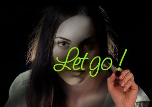 dejar ir, soltar emociones, emprender
