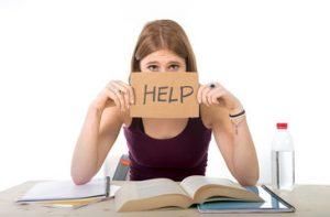 estudiante infeliz, estudios, sentimientos